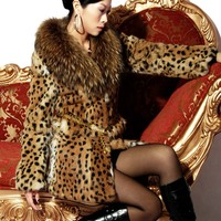 Женская одежда из меха new winter fashion ladie Classic leopard print real natural rabbit fur coat large raccoon fur collar overcoat glass yellow